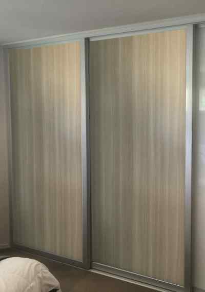 Wardrobe master - Color melamine sliding door