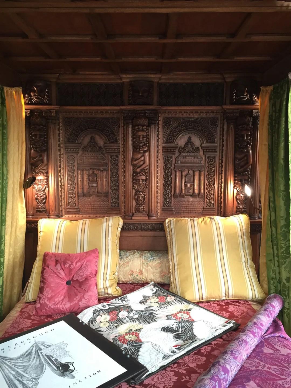 gainsborough silk bed decorex