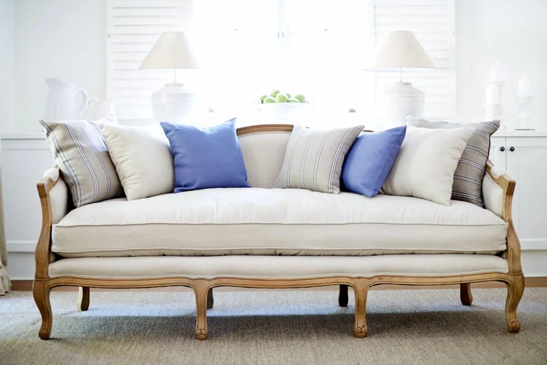 Cabriole-Sofa-modern