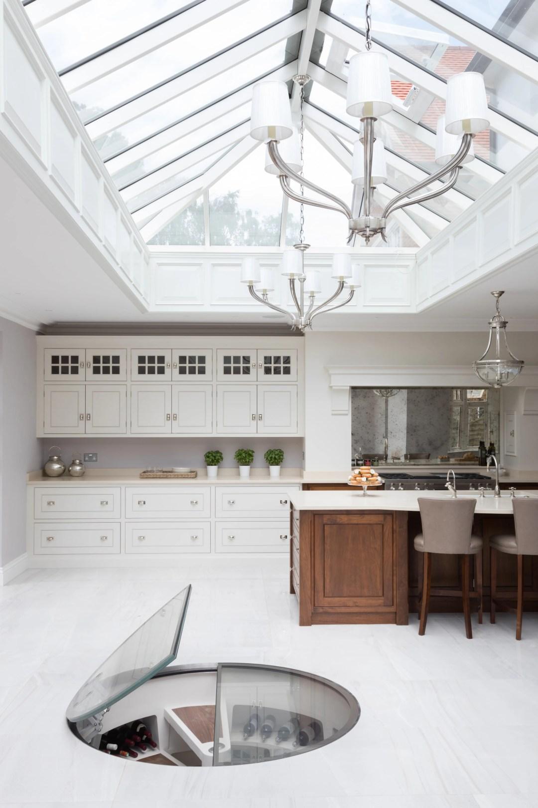 Wilton House - Luxury Painted Kitchen Brentwood - Humphrey Munson 24