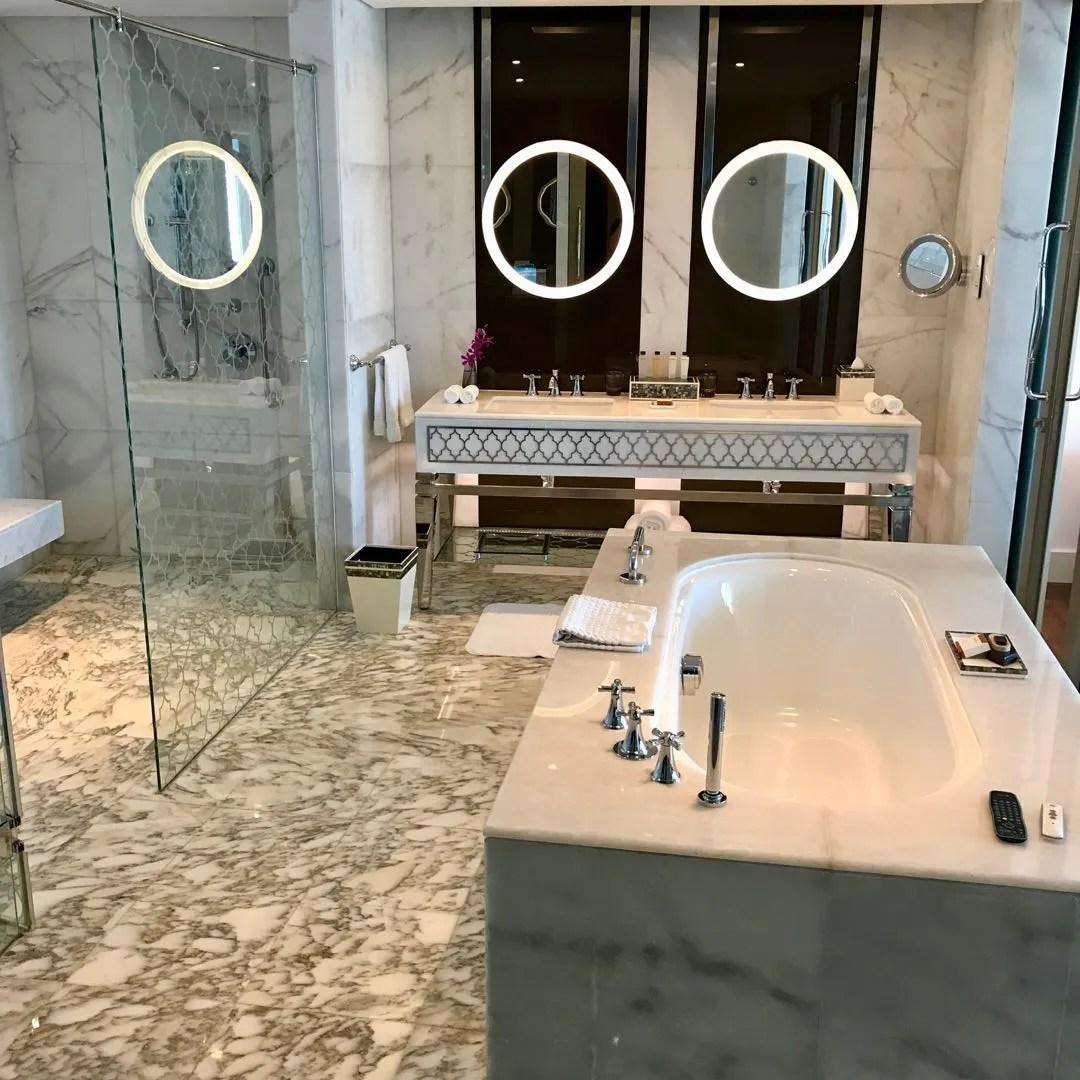 waldorf dubai bathroom