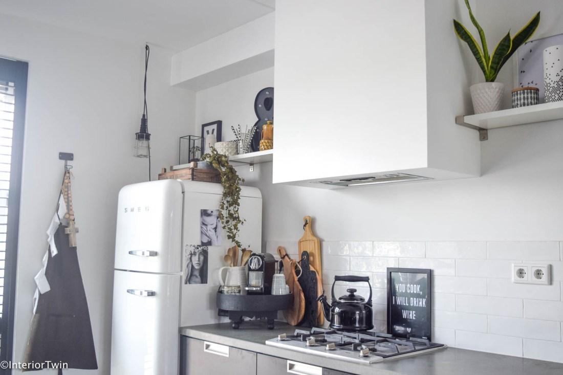 Zwarte keuken: combineer met wit - InteriorTwin