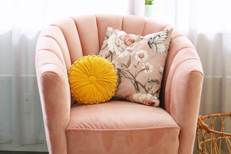 roze stoeltje @vakervrolijk