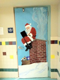 25 Marvelous Classroom Decoration For Christmas