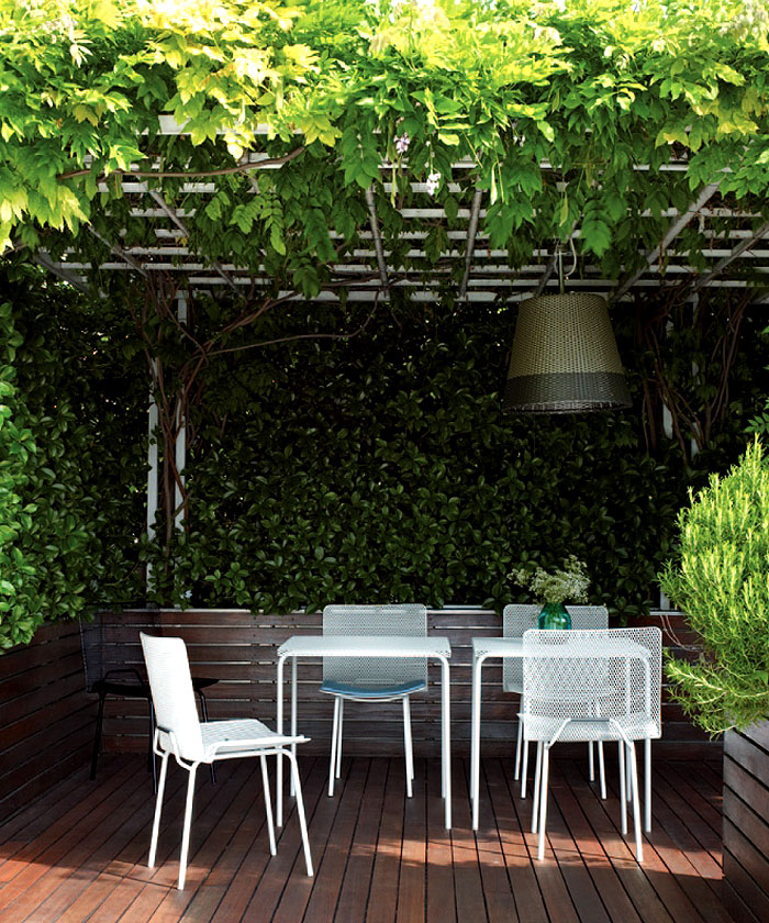 Outdoor Seating for Long Summer Evenings  InteriorZine