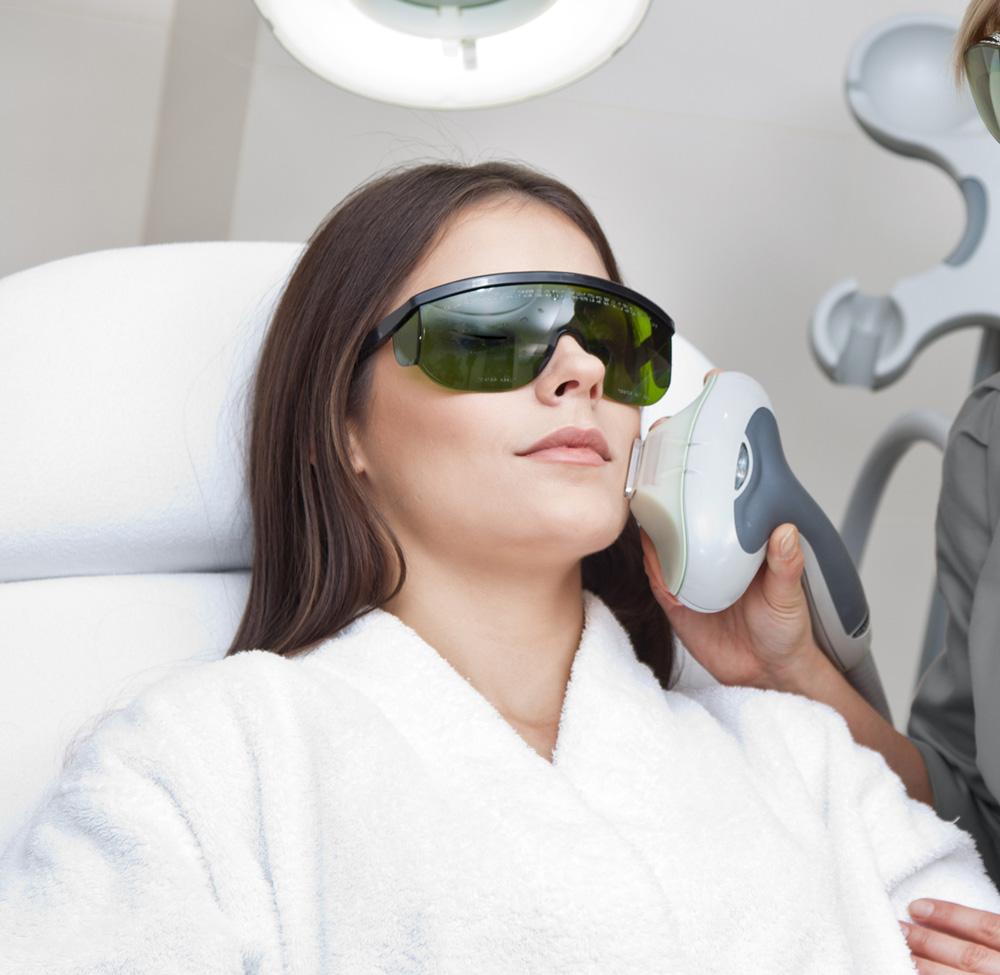 xeo laser facial service
