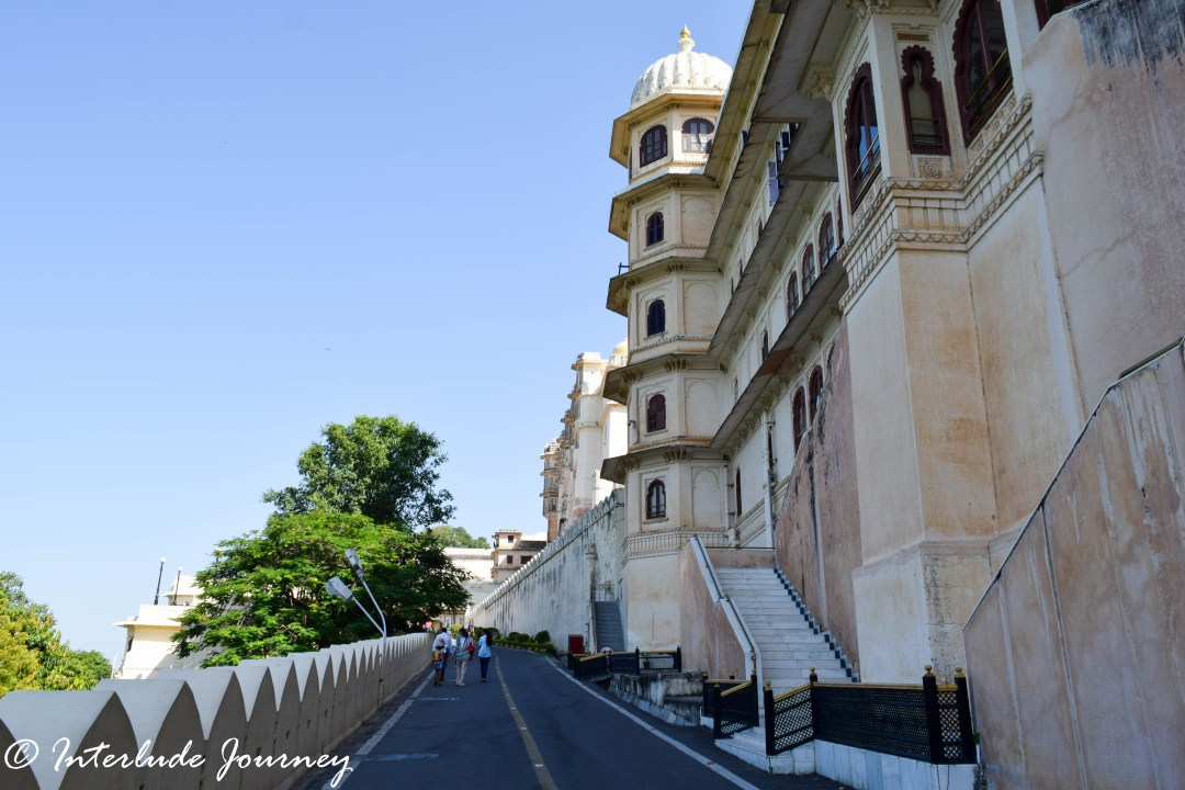 Pathway leading to the Udaipur City Palace