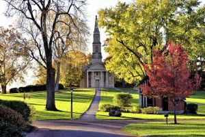 Cruise Charming Mississippi River Towns