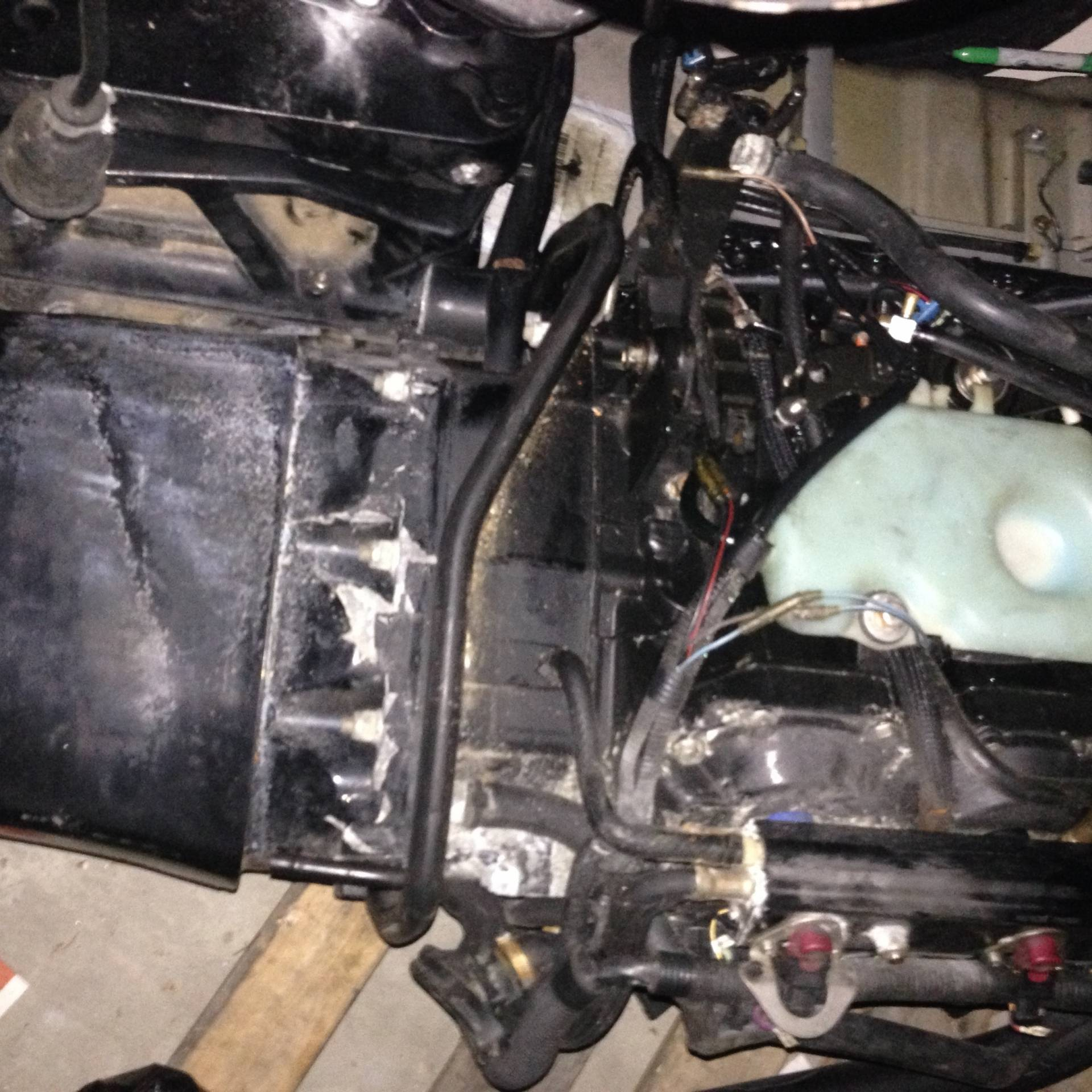 20002001 MERCURY OPTIMAX 225 SALTWATER SERIES PARTING OUT