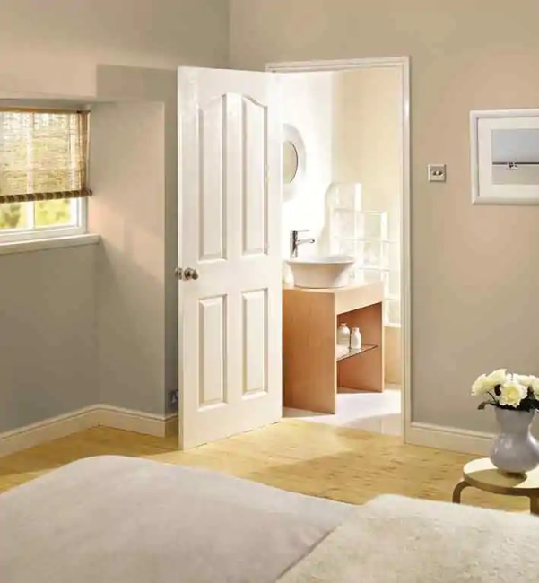 White Moulded Mayfair 4P LifeStyle