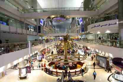 Dubai airport runway closure