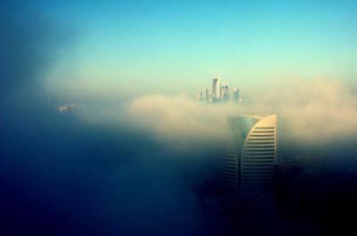 The fog approaching Dubai Marina