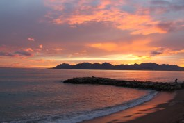 A perfect winter sunset in Cannes