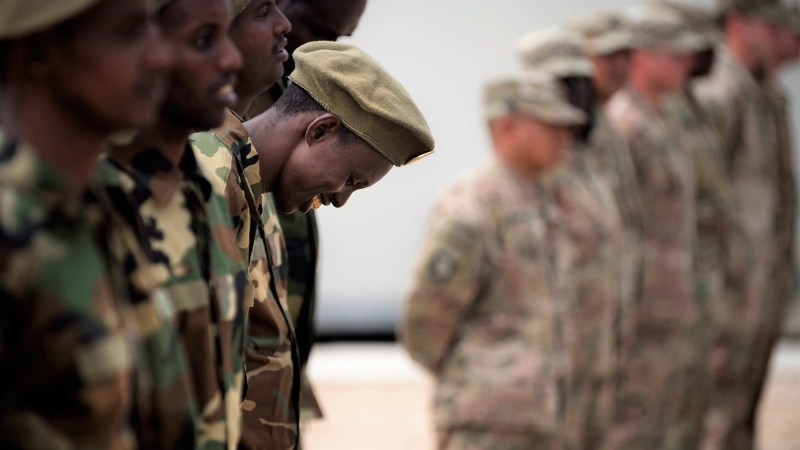 US to resume military aid to some Somali troops
