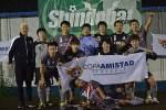 22 equipos, entre niños y adultos, jugaron en la IV Copa Amistad