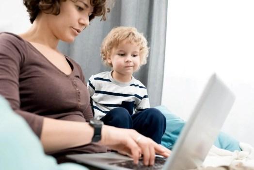 Teach your kids netiquette manners