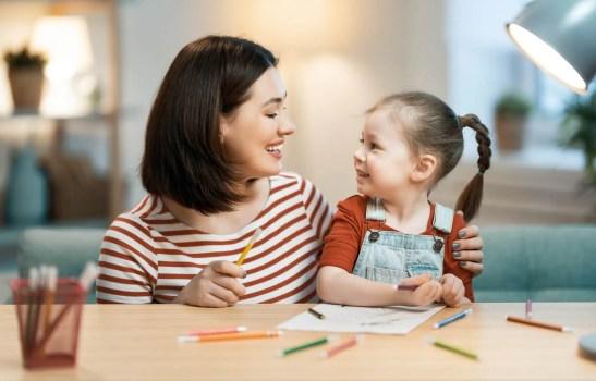 virtual homeschooling mom