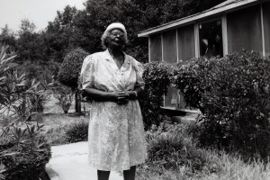 VDM.Mrs (Oneitha) Elliott in her Yard