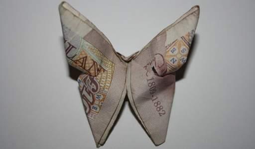 Politics-brexit-uk-sterling-euro-butterfly-pound