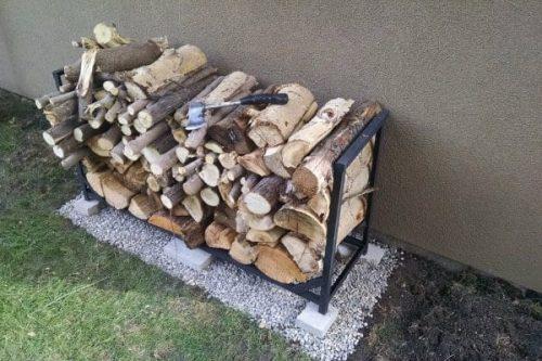 Outdoor aluminum firewood rack