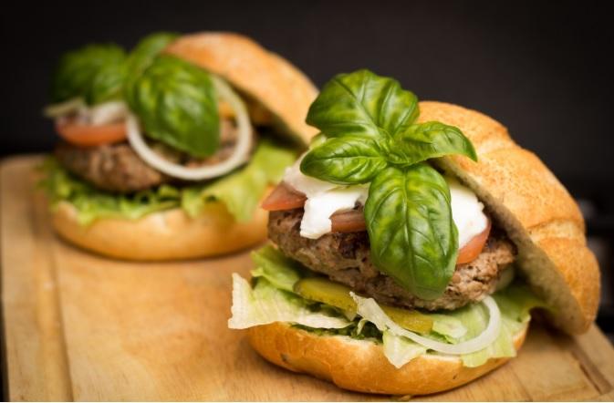 How to create a healthy Aussie burger?