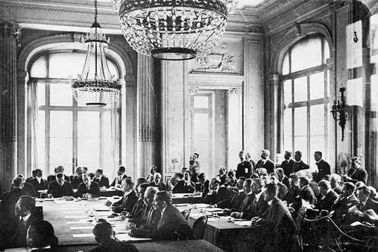 A Trianoni-diktátumot mindenkinek illene ismernie