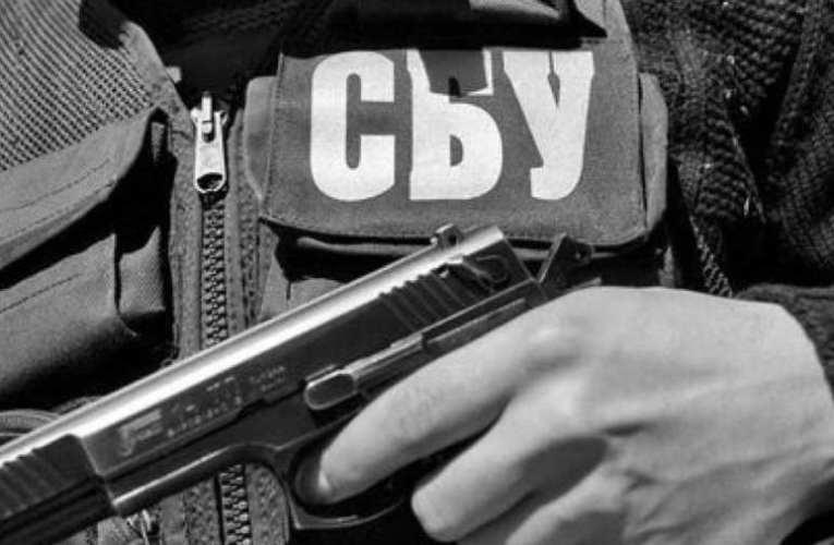 Az SZBU-nál kínozzák az elrabolt luganszki megfigyelőt II.