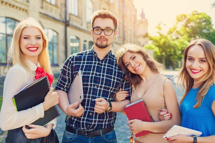 Important Guidelines To Effectively Market To College Students