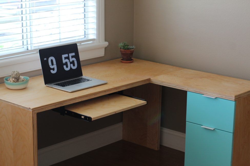 playwood desk shape L