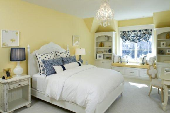 Blue-and-Yellow-Accent-for-White-Furniture