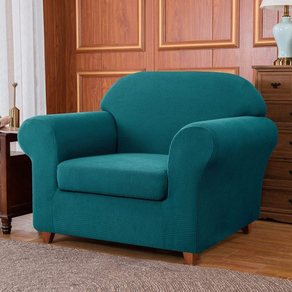 Comfy-and-Chunky-Sofa-Covered-in-Polyester-Fabric