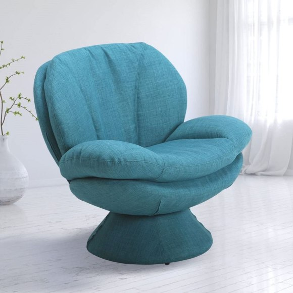 Pub-Leisure-Accent-Chair-in-Turquoise-Color