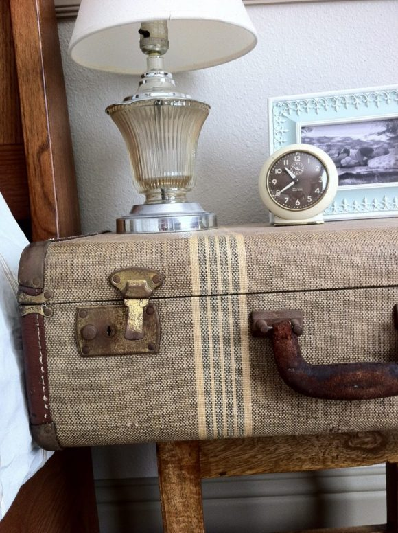 Unique-Nightstands-from-Repurposed-Vintage-Suitcase