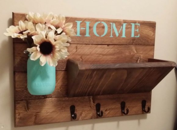 Rustic Key Holder with Mail Organizer
