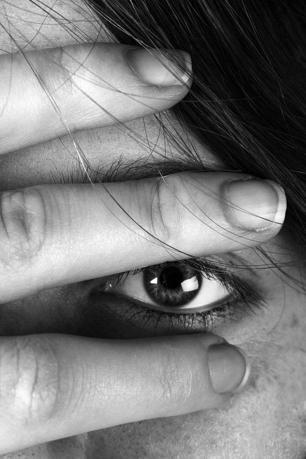 Cerrar los ojos a la realidad