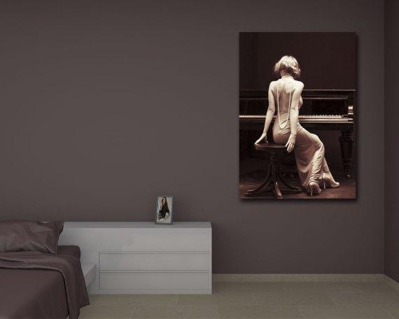 stampa su tela-donna al pianoforte