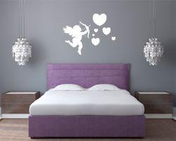 adesivo murale-cupido tra cuori
