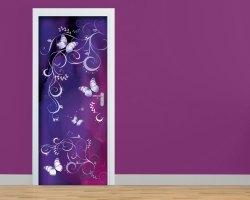 Adesivo per porte-delicate farfalle su fondo viola