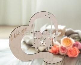 Decorazioni laser legno-bimbi su altalena-cuore in legno I love you
