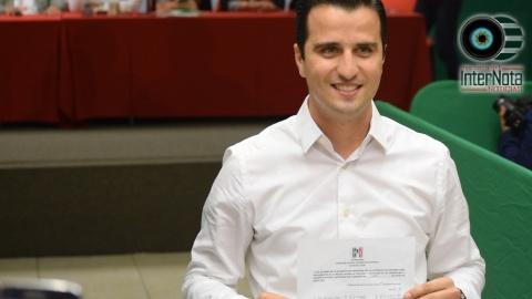 GERARDO DE LA GARZA GARCÍA SE REGISTRA COMO PRECANDIDATO DEL PRI A LA ALCALDÍA DE LINARES