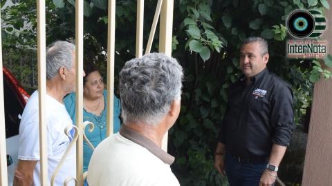 VISITA CANDIDATO JAVIER CABALLERO GAONA A HABITANTES DE LA COL. ALAMEDA EN EL CERCADO, SANTIAGO, N.L