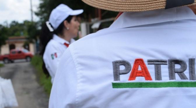 PROPONE PATRICIA SALAZAR BUSCAR SOLUCIÓN A PROBLEMÁTICA CON EL AGUA, EN LA COLMENA.