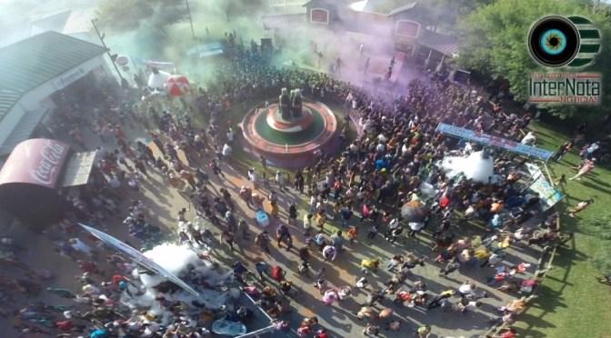 """ASÍ SE VIVIÓ EL """"SUMMER SPLASH COLOR FEST"""" EN BOSQUE MÁGICO EN MONTERREY, N.L."""