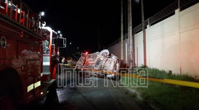 #INTERNOTA #ENVIVO FALLECEN DOS JOVENES EN ACCIDENTE EN EL ÁLAMO, SANTIAGO NUEVO LEÓN