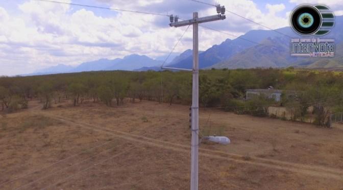 ELECTRIFICAN COMUNIDAD LOS ENCINOS EN MONTEMORELOS, N.L