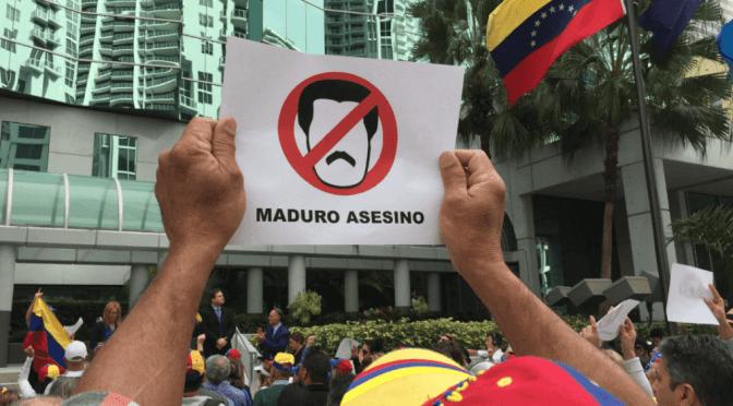 POMPEO PIDE A MADURO RENUNCIAR A LA PRESIDENCIA VENEZUELA.