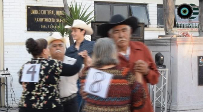 """CELEBRAN EL DÍA DEL AMOR  Y LA AMISTAD CON UN CONCURSO DE  BAILE EN """"JUEVES DE LOS ALEGRES"""" GRAL. TERÁN, N.L."""