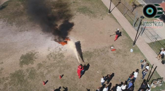 REALIZAN #SIMULACRO Y BRINDAN CAPACITACIONES EN CENTRO DE SALUD EDUARDO LIVAS DE LA COLONIA BUGAMBILIA EN #ALLENDE N.L.