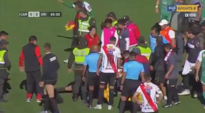 ARBITRO FALLECE EN PLENO PARTIDO DE FUTBOL