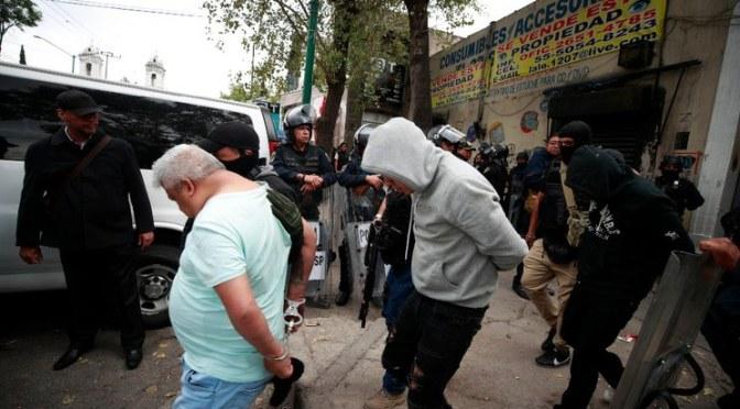 JUEZ LIBERA A 27 DE 32 DETENIDOS EN OPERATIVO EN TEPITO